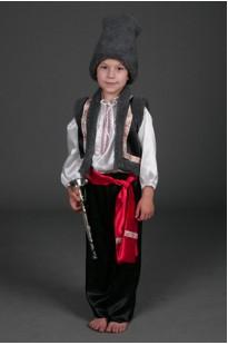 Молдавский костюм для мальчика