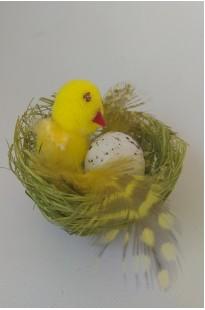 Гнездо с птичкой и яичком